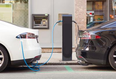 Rising numbers of Australians looking at Electric and Hybrid vehicles for their next set of wheels